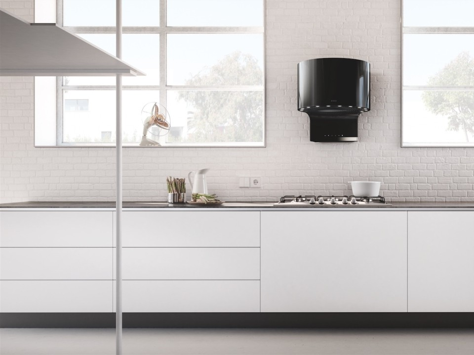 ultra modern range hood to pep up your kitchen
