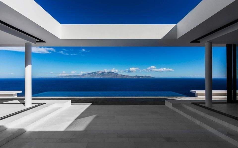 House T by Olivier Dwek