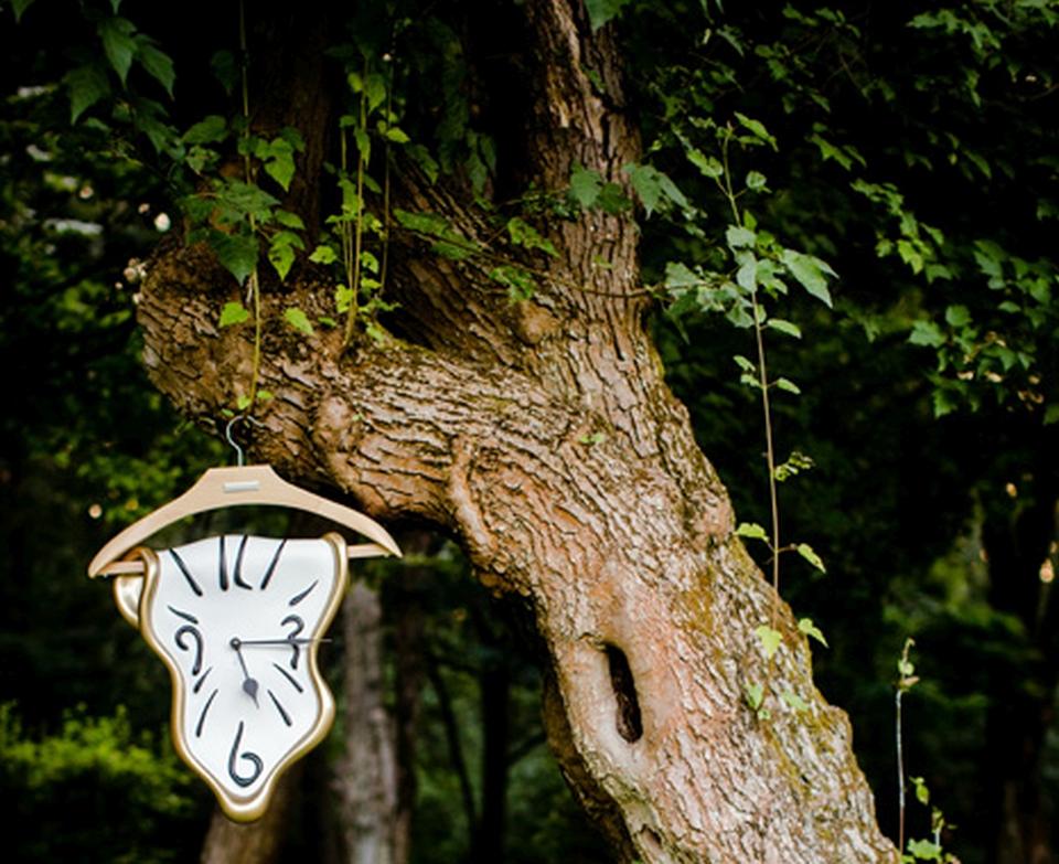 hanger wall clock gruccia