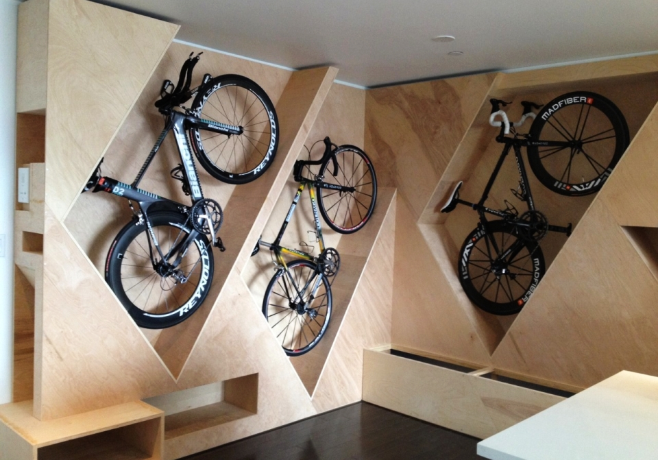 20 Minimalist bike storage ideas for tiny apartments