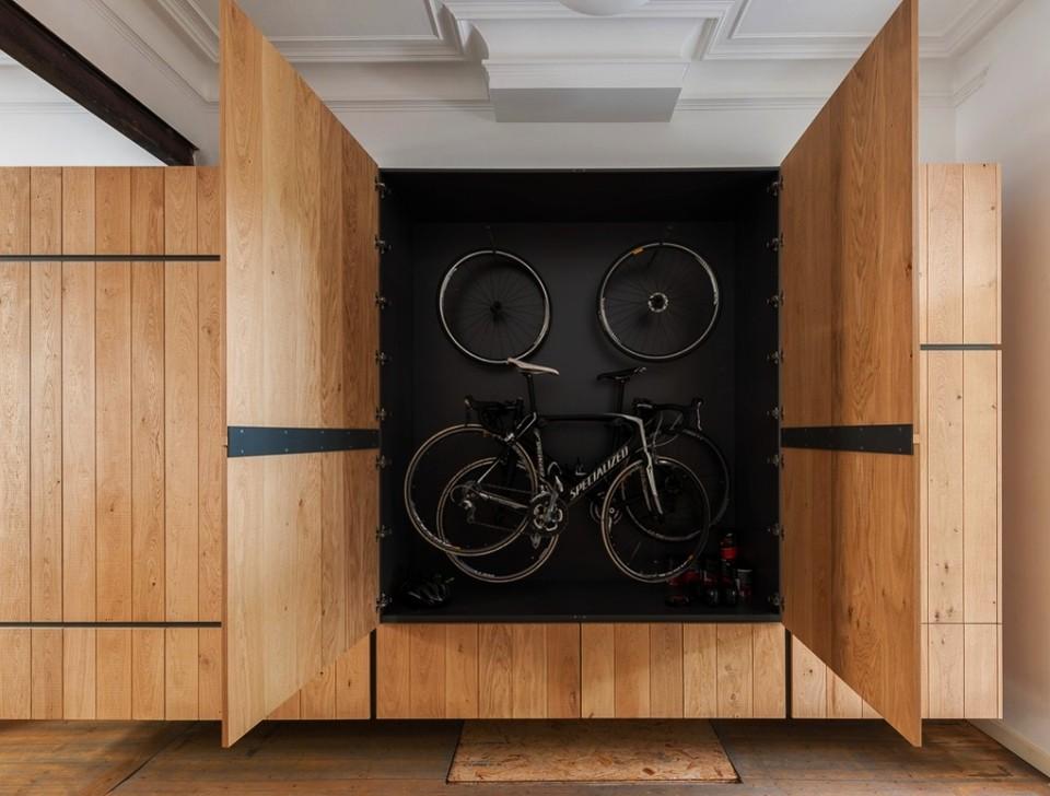 20 Minimalist bike storage ideas for tiny apartments