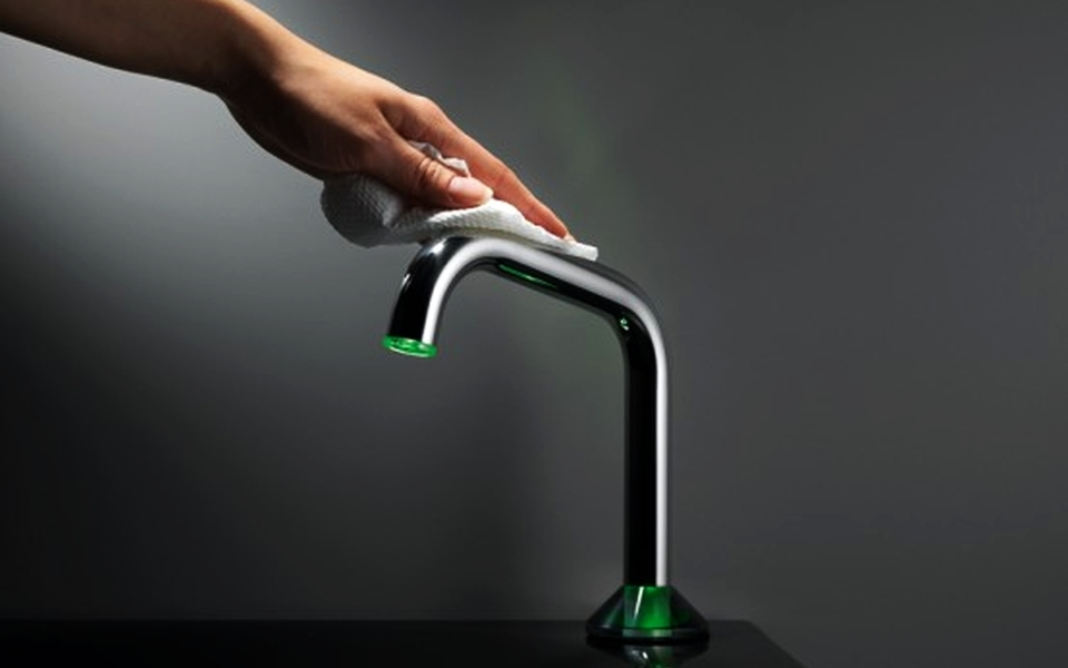 Faucet Cleaning Hack