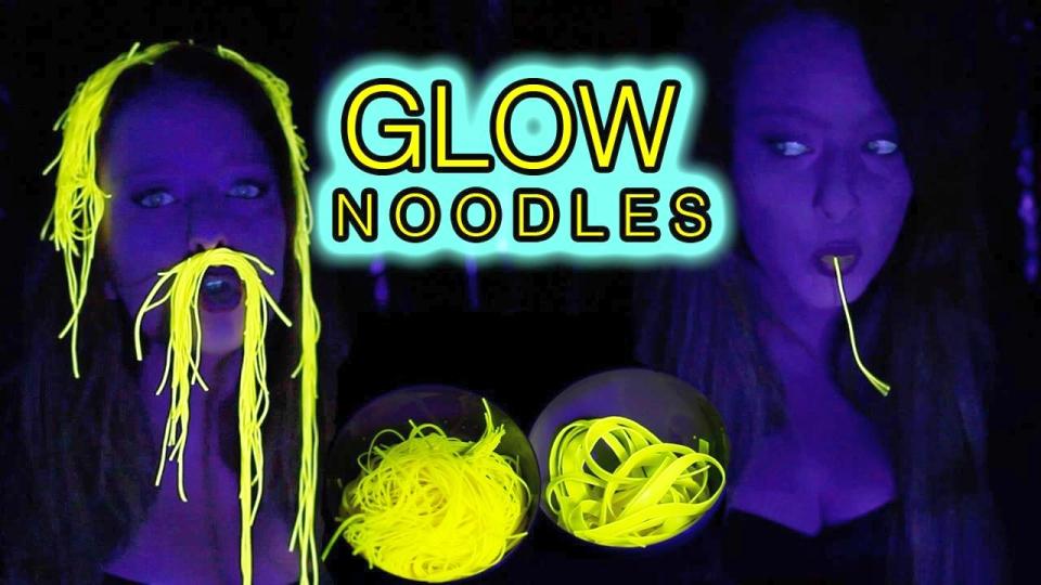 Glow noodles by Pieke Roelofs