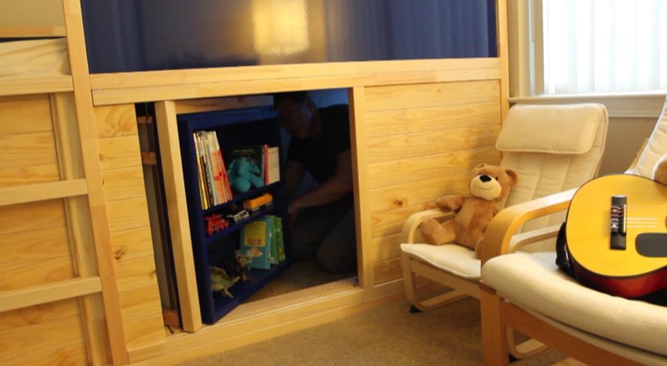Kura Bed with Slide and Secret Room
