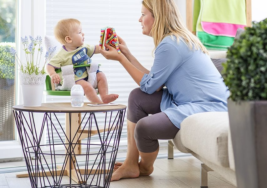 Smart froc highchair for toddlers