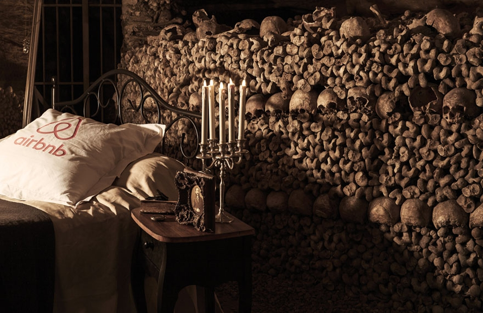 Airbnb Halloween in Paris Catacombs