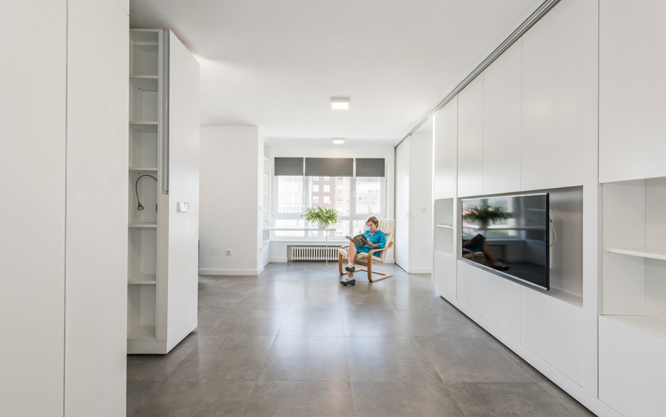 The 753-square-feet house with movable walls and foldable furniture
