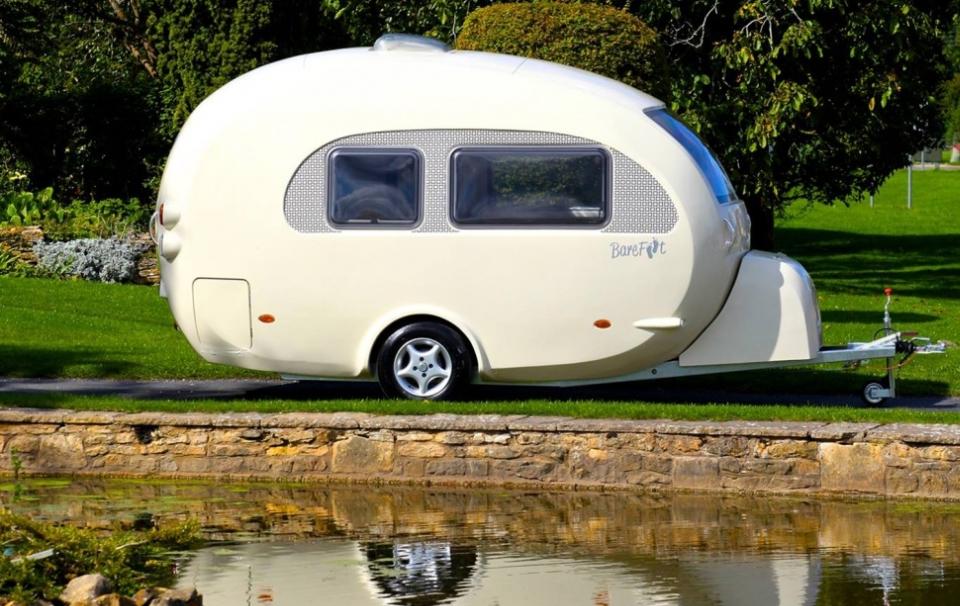 Retro Barefoot 'curvy' caravan is truly female-friendly