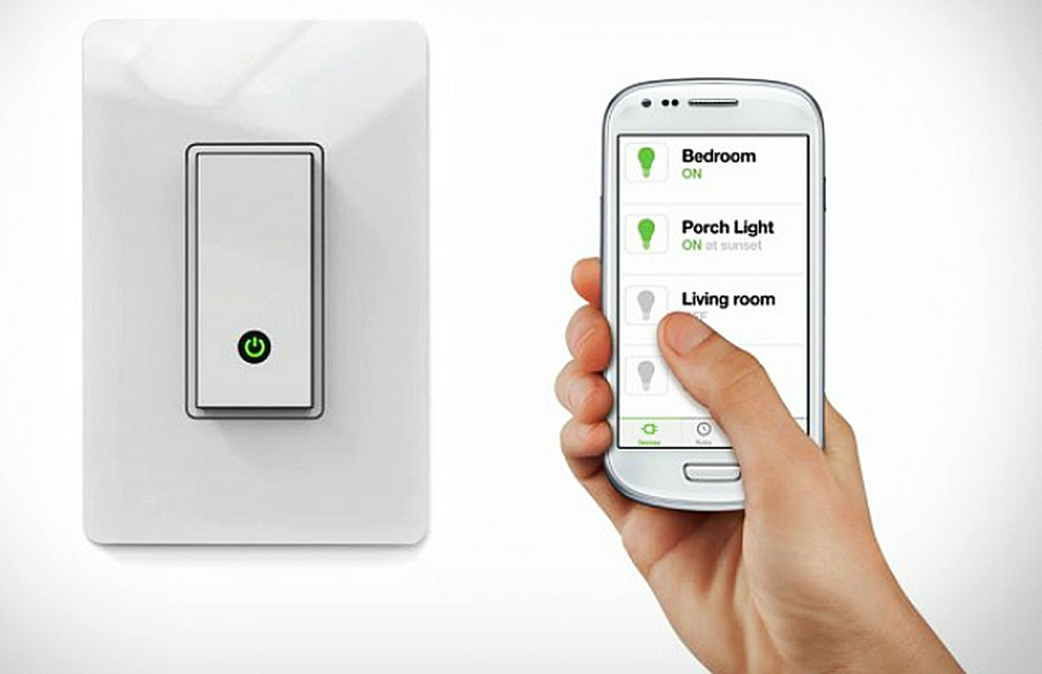 10 tech-centric gift ideas for smart home enthusiasts