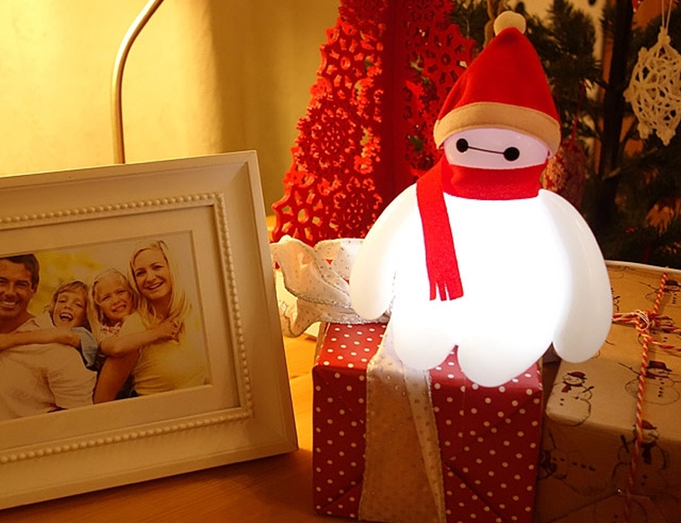 Baymax Lamp turns Santa Claus