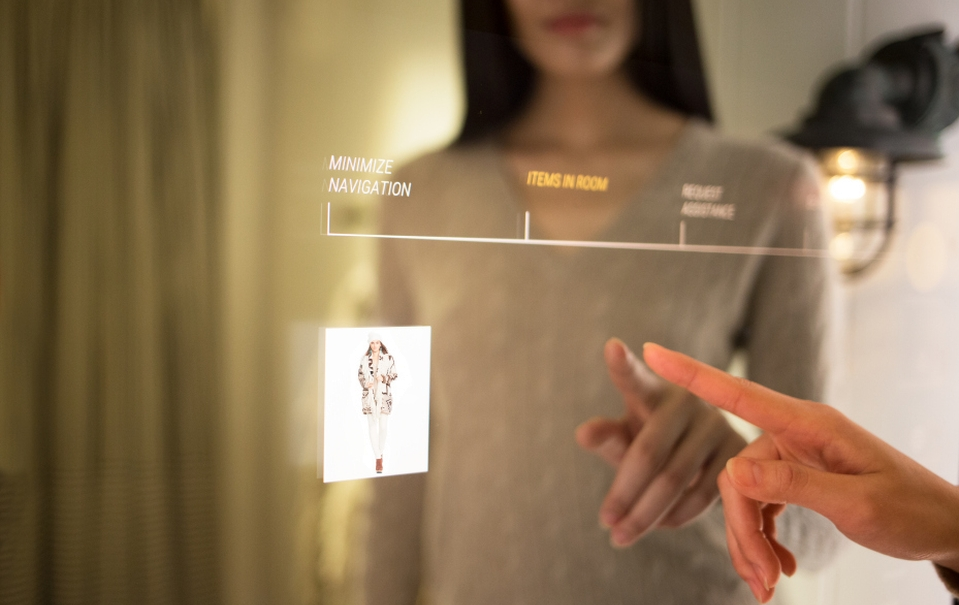 Interactive fitting room by Oak Labs
