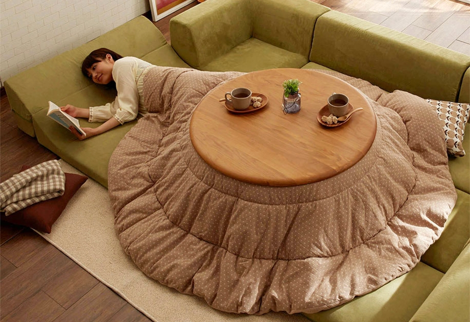 Can be used as bed and table both