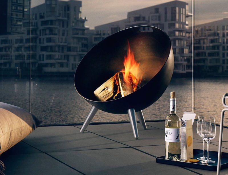 Fireglobe-Fireplace-by-Eva-Solo