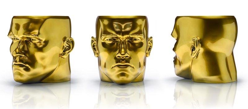 HAROW's iconic stool N° 1-A- Arnold mimics human face