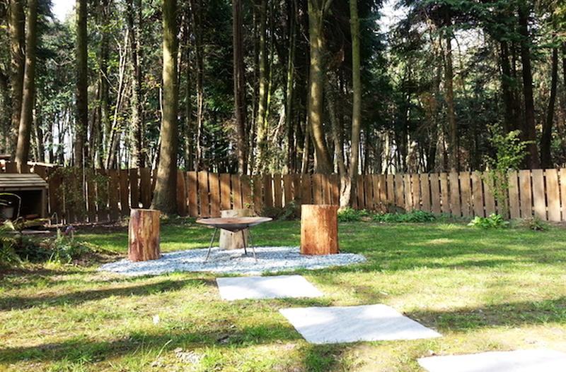 Sittinig arrangement in garden to enjoy evening barbecue with your love one