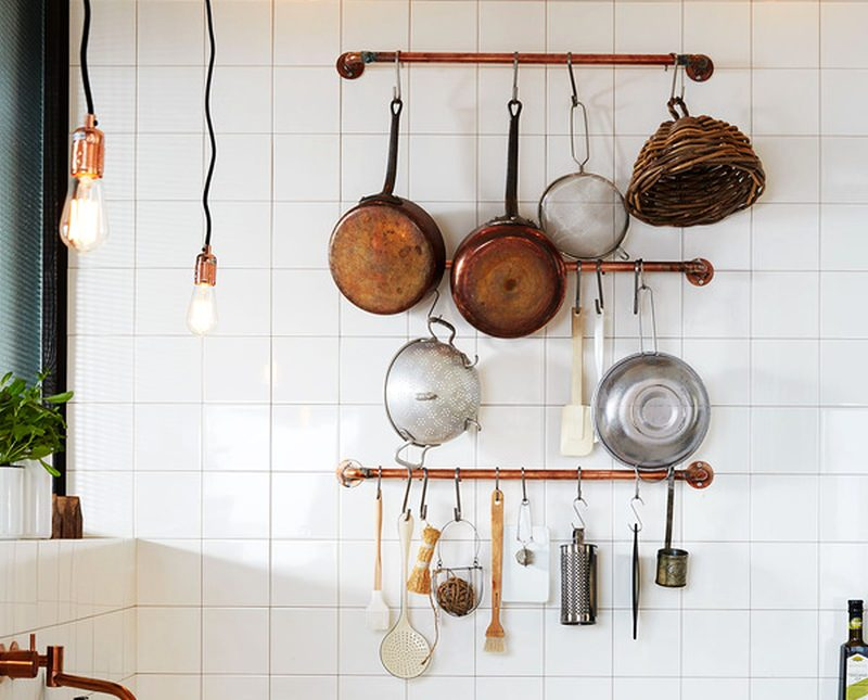 DIY Industrial-styled kitchen rack with copper pipes