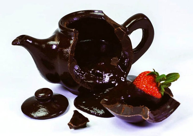 Edible Dark Chocolate Teapot