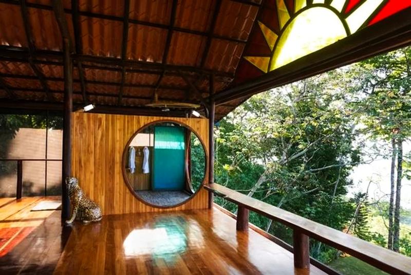 Eva-and-Brian-Punta-Jaguar-treehouse