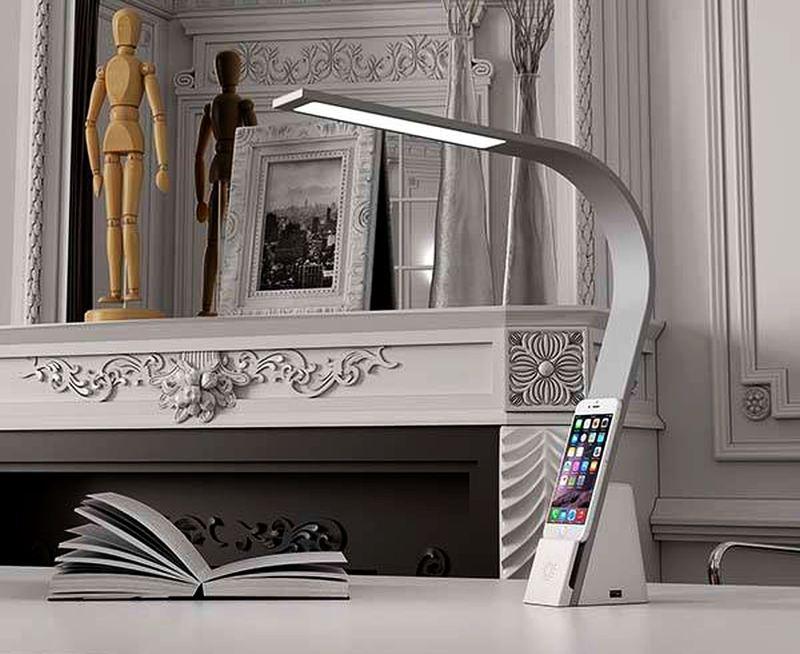 LUX Brooklyn Desk Lamp