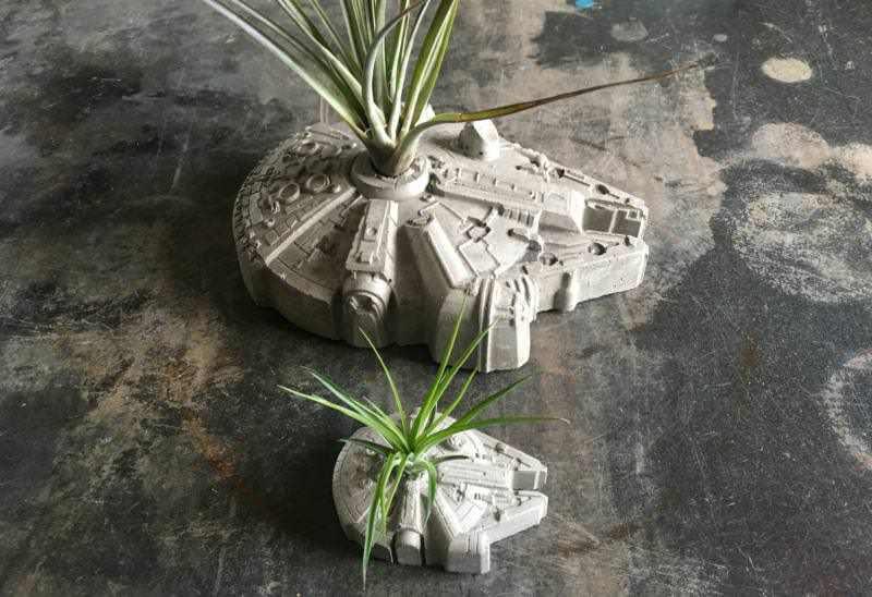 The concrete planters are available in two sizes