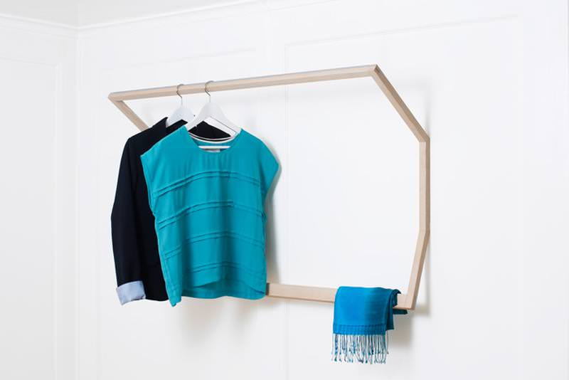 SLED wall-mounted wardrobe