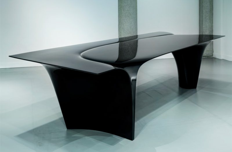 Mew Table by Zaha Hadid