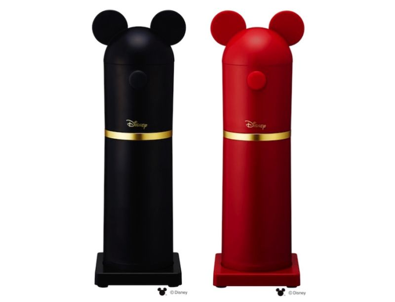 Mickey and Minnie-inspired Ice Slicers