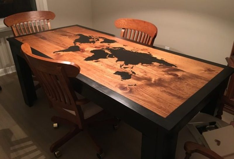 World map dining table