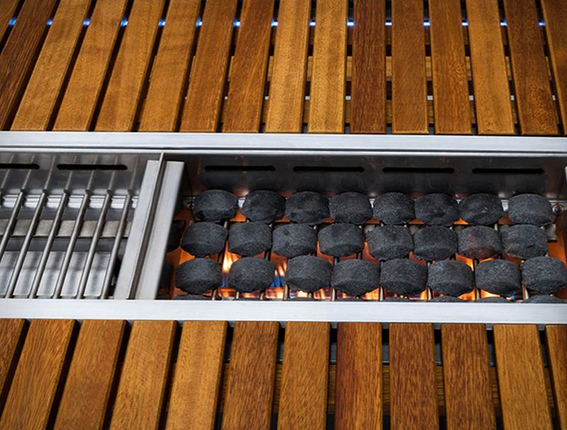 Angara Maximus barbecue dining table