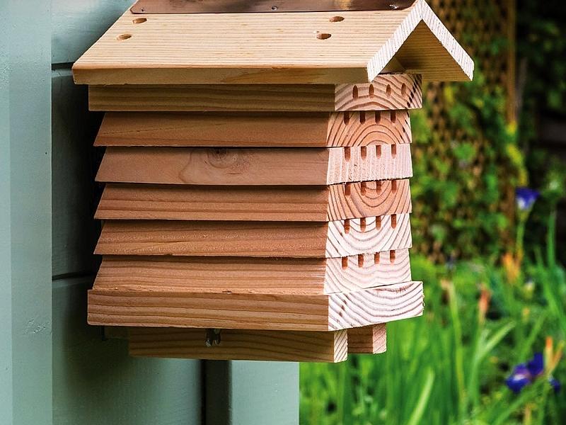 British Horticulturist Bee House