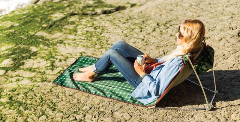 Meadow rest waterproof lounger