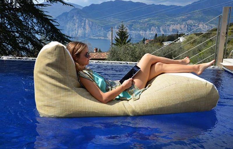 Xpouf Inpool Floating Ottoman