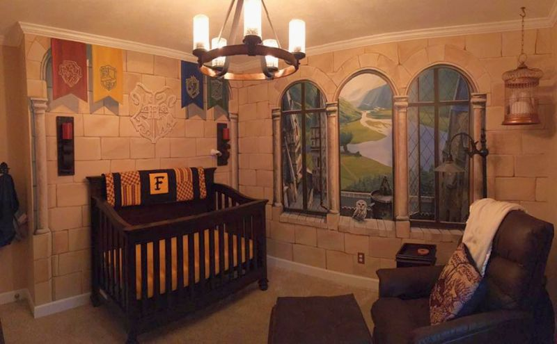 Dad gifts his little son amazing Harry Potter-themed nursery