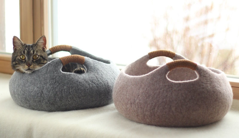 Felted wool cat bed by Elevele
