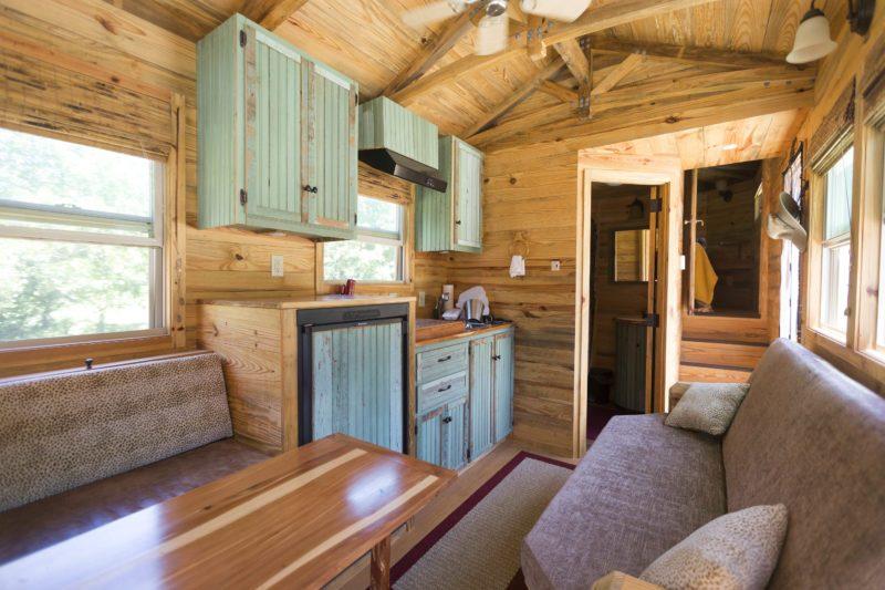 Houston carpenter builds tiny living quarters on wheels