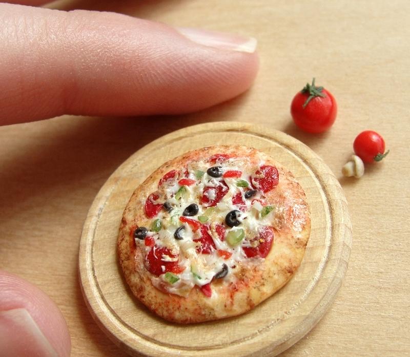 Kimberly Burke Miniature Food Art_1