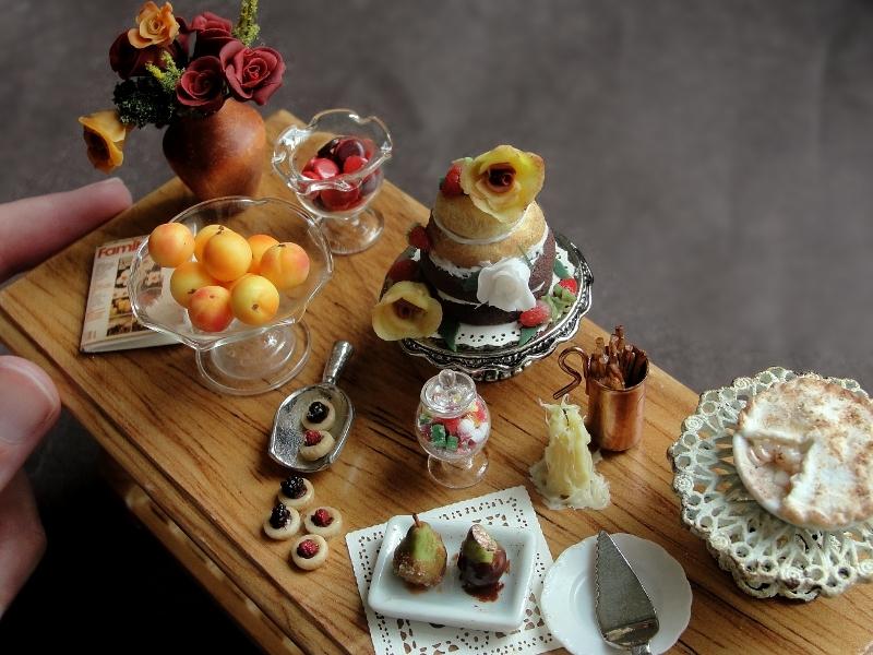 Kimberly Burke Miniature Food Art_19