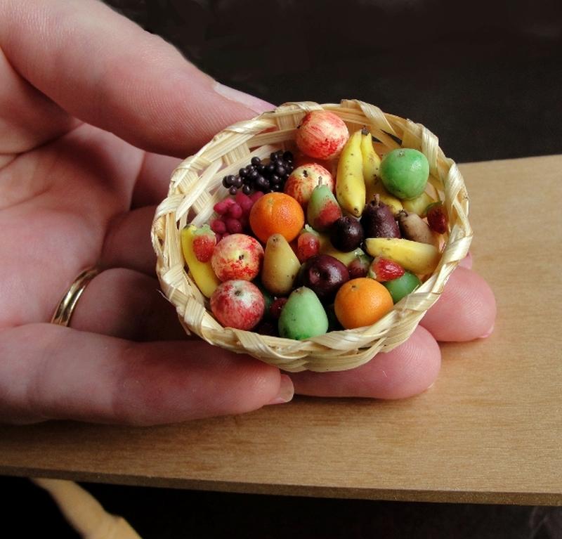 Kimberly Burke Miniature Food Art_20