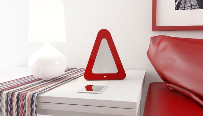 Can be placed on any flat surface, even on your bed