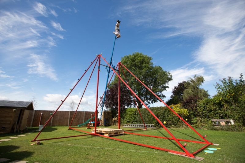 Homemade-360-Swing-by-Colin-Furze