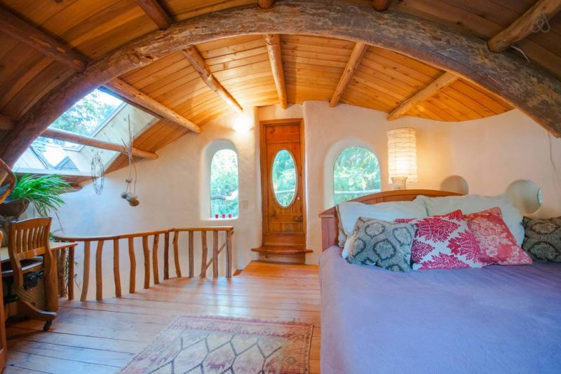 Mayne Island Cob Cottage