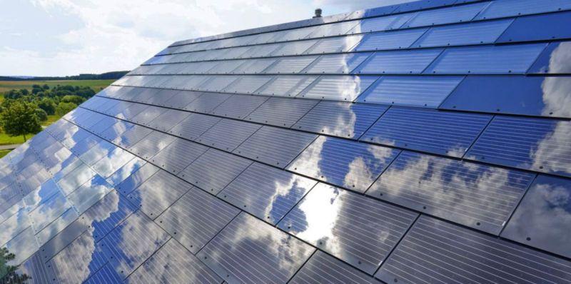 Easy to install solar shingles
