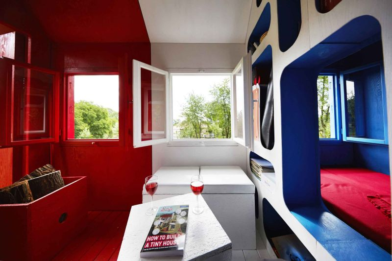 France tiny house by Joshua Woddsman has three separate living sections_5