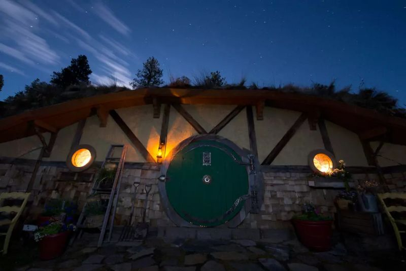 Off-grid house has solar panels for energy requirements