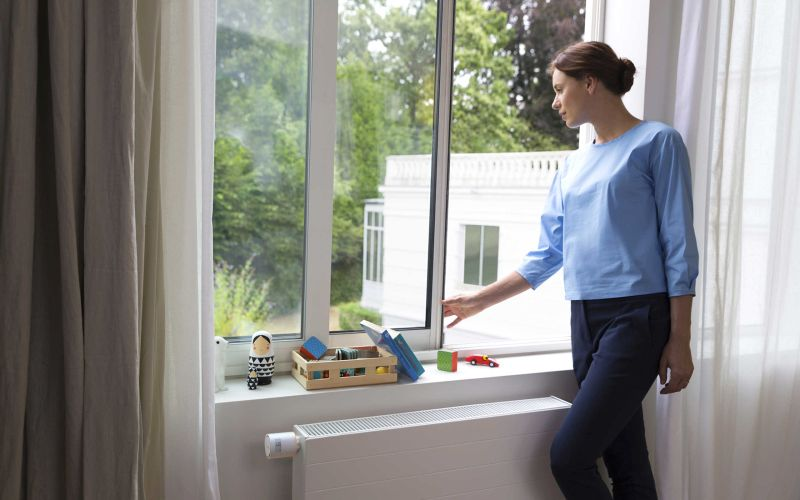 Its smart technology detects opened window and turns off heating to save energy