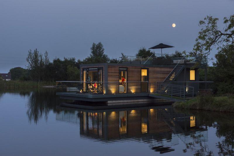 Bluefield Houseboats