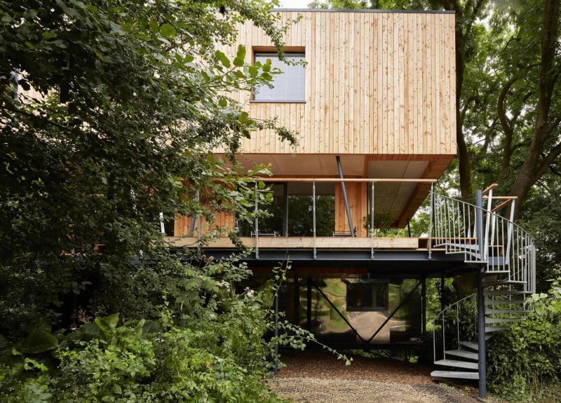 Attractive Darsley treehouse