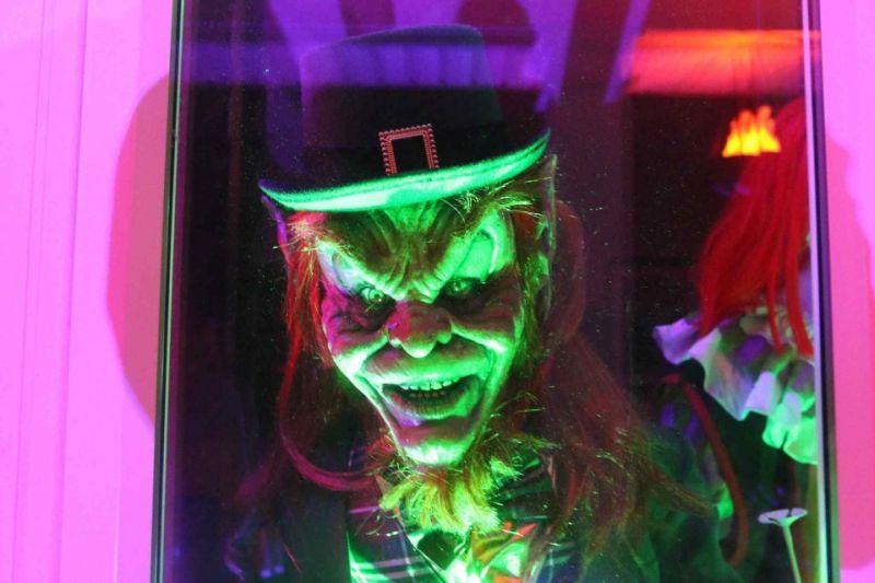 New Drop Halloween home displays Donald Trump with spooky props