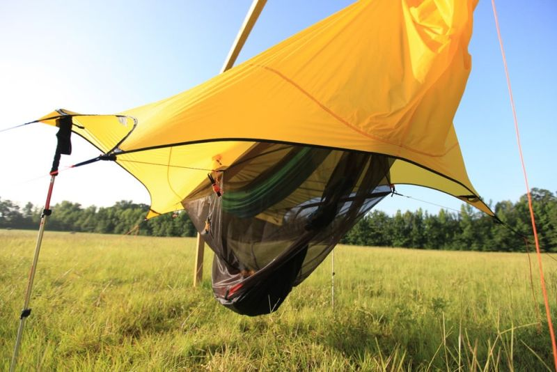 Nube Stratos hammock shelter for safe camping above the ground_10