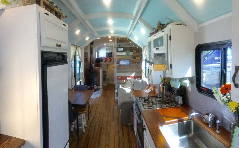School Bus Conversion by Mid West Wanderers